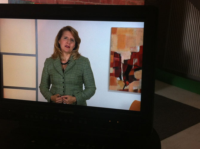 Online Seminar Persönlichkeitsentwicklung Präsenztrainerin Laura Baxter 06